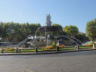 Aix big fountain