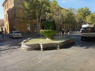 Aix small fountain
