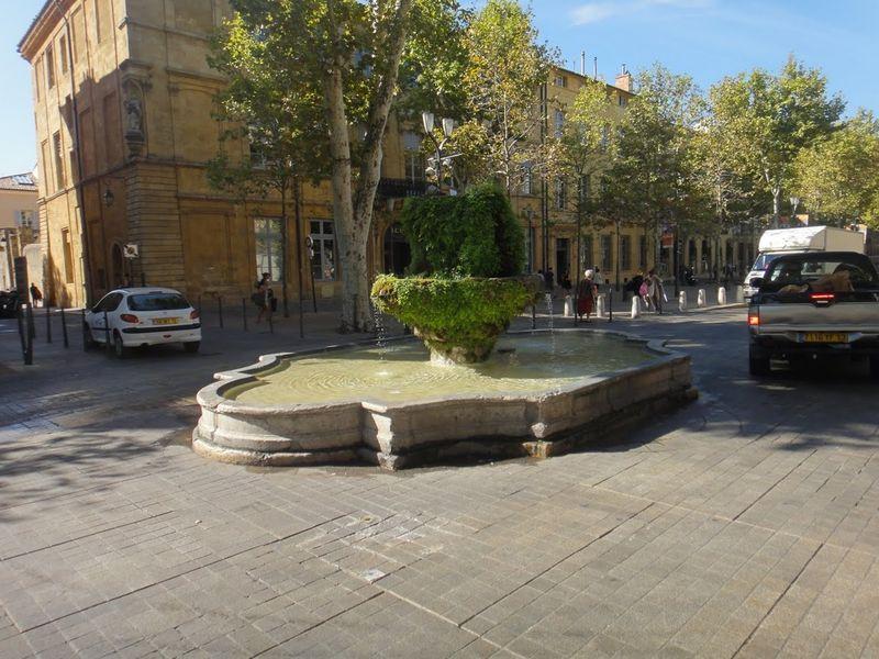 Aix small fountain